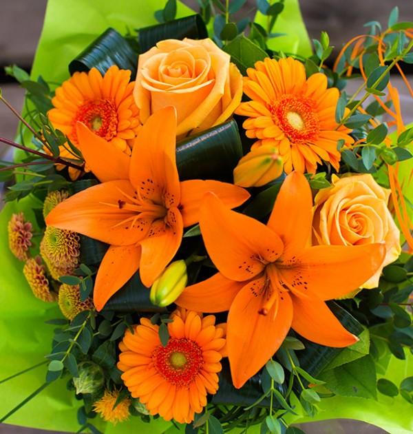 Fleuriste créatif.Bouquet pour les particuliers et entreprises.